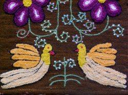 手織り手刺繍タペストリー  アヤクーチョの春