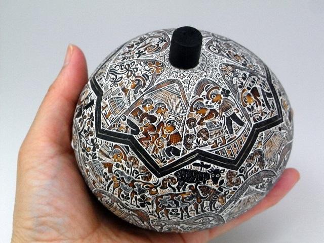 ペルー製ひょうたん小物入れモンターニャ